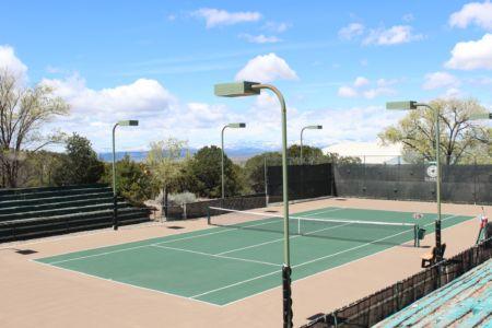 Tennis Courts at El Gancho